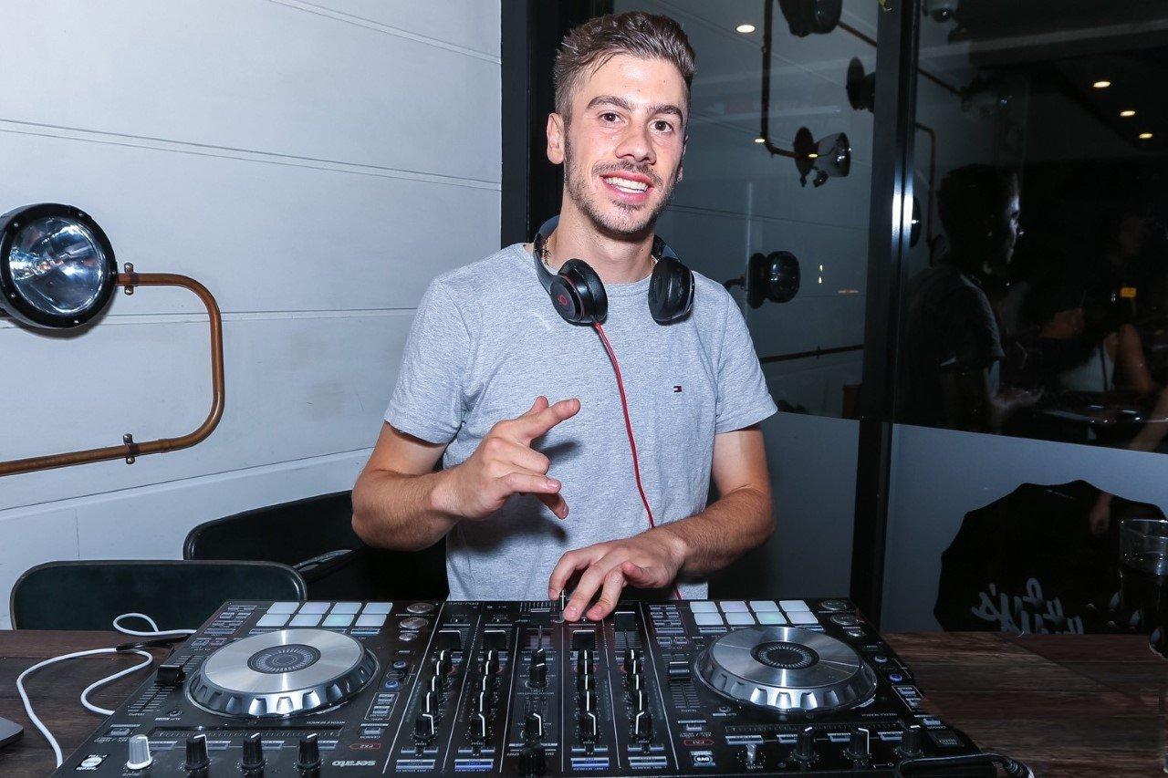 DJ Divito - Canberra - Vintage Events